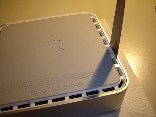 Mac mini - Spachtel einführen