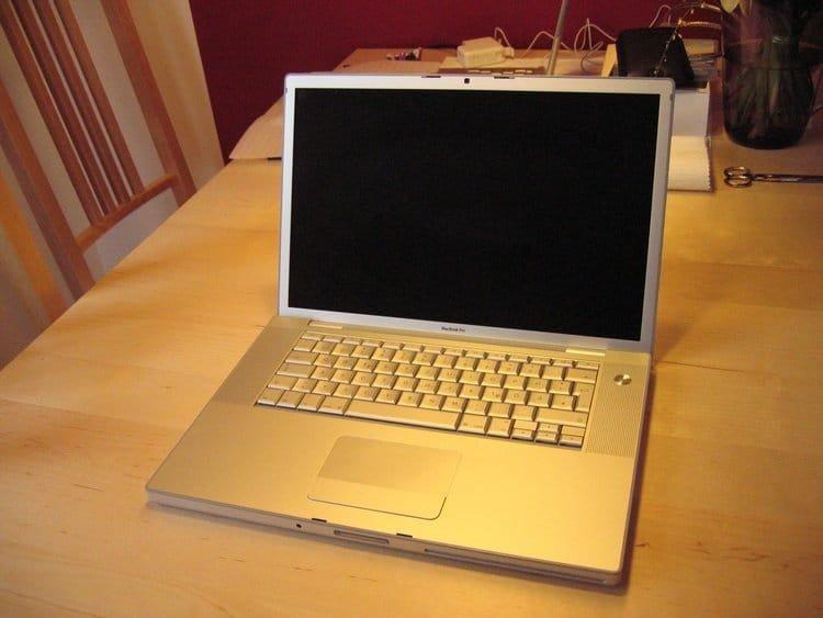 MacBook Pro 15 Zoll (2008)