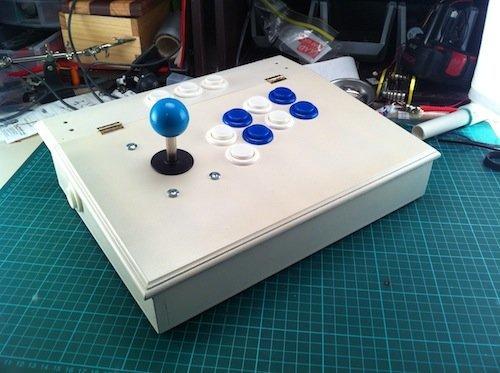 Arcade-Controller von x2Jiggy für die Xbox 360