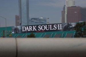 Dark-Souls-2-Werbebande auf dem LA Convention Center