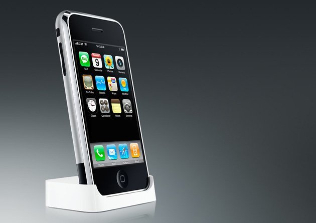 iPhone im Dock