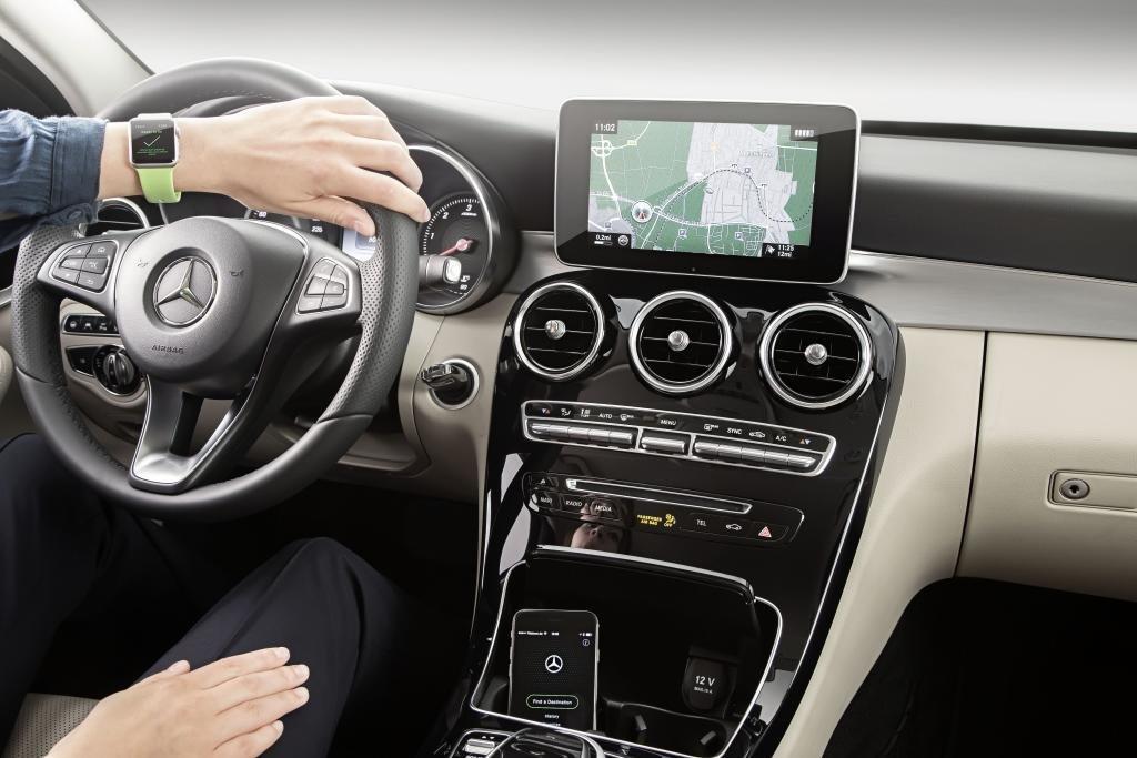Mercedes Benz - Apple Watch App