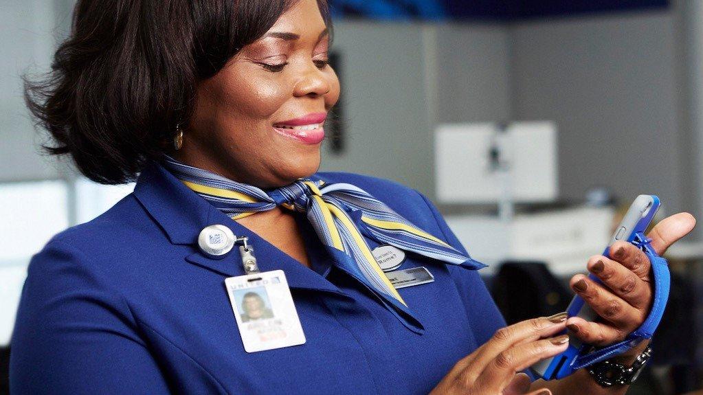 United Airlines nutzt iPhone 6 Plus im Kundenservice