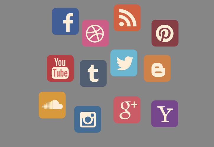 Set verschiedener Social Media Icons