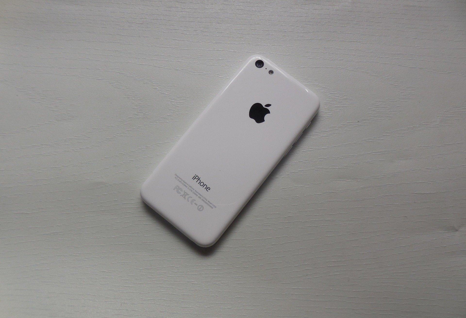 iPhone 5C weiß (Rückseite)