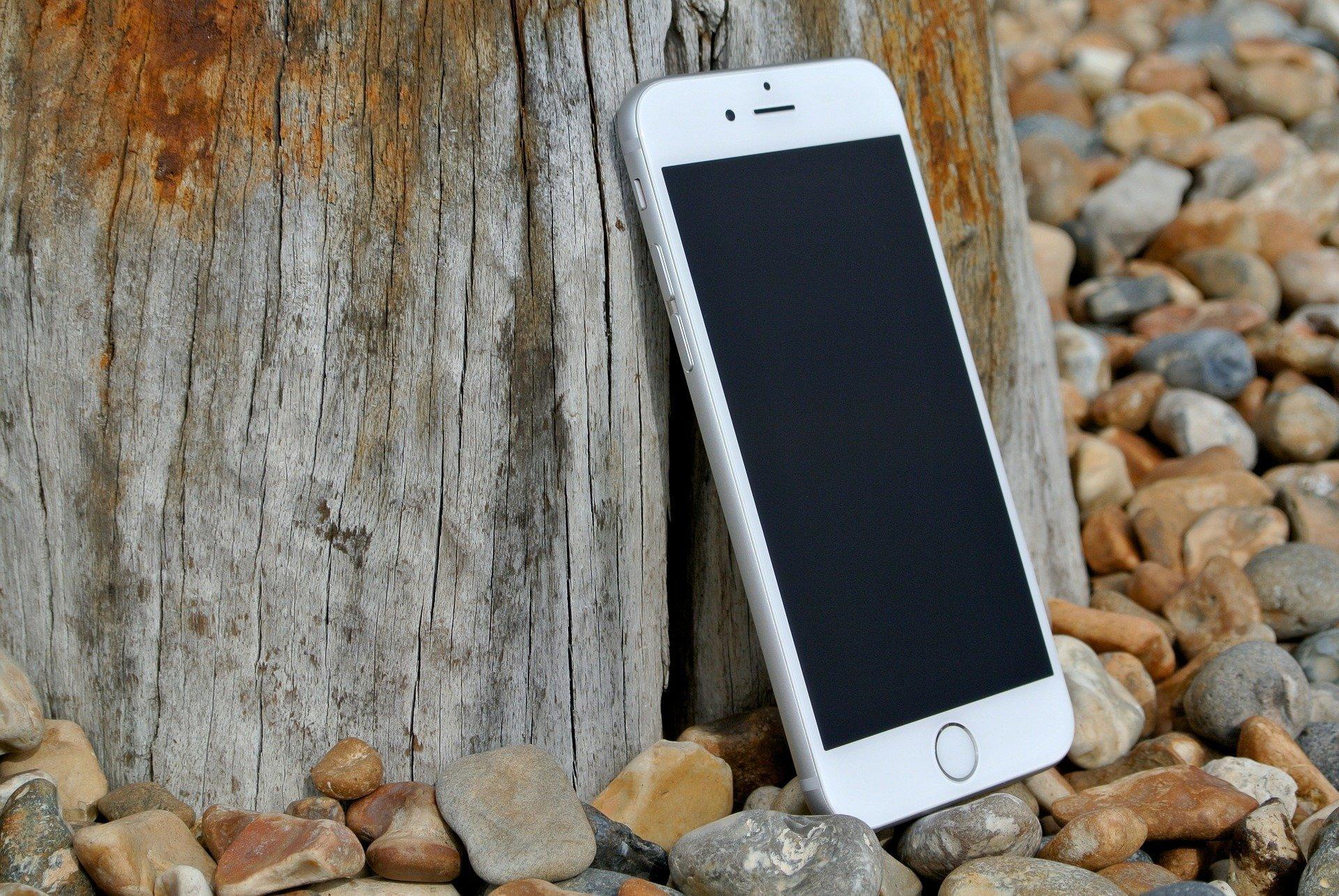 iPhone 6 weiß (Vorderseite)