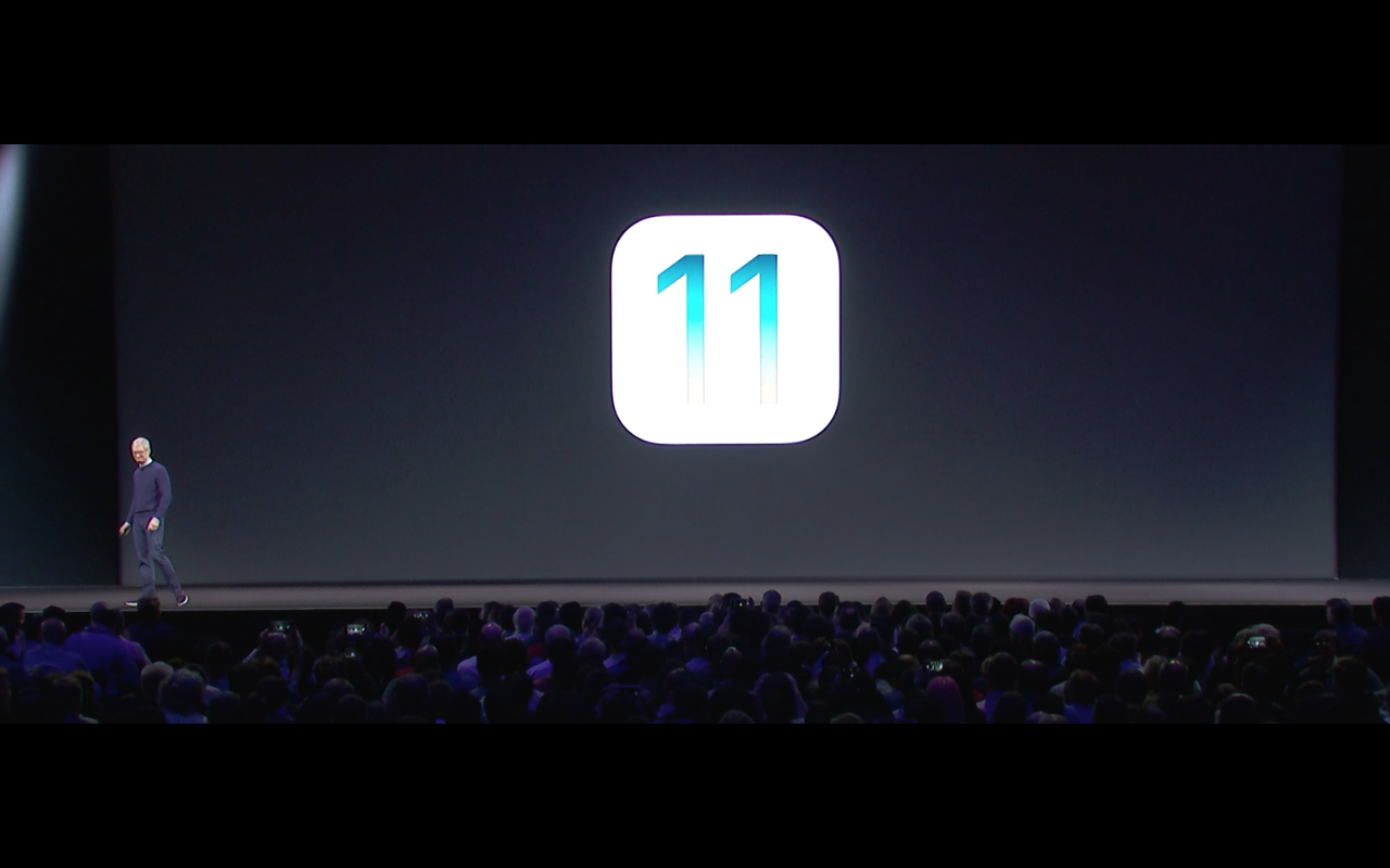 iOS 11 Logo (Tim Cock) - Screenshot Keynote