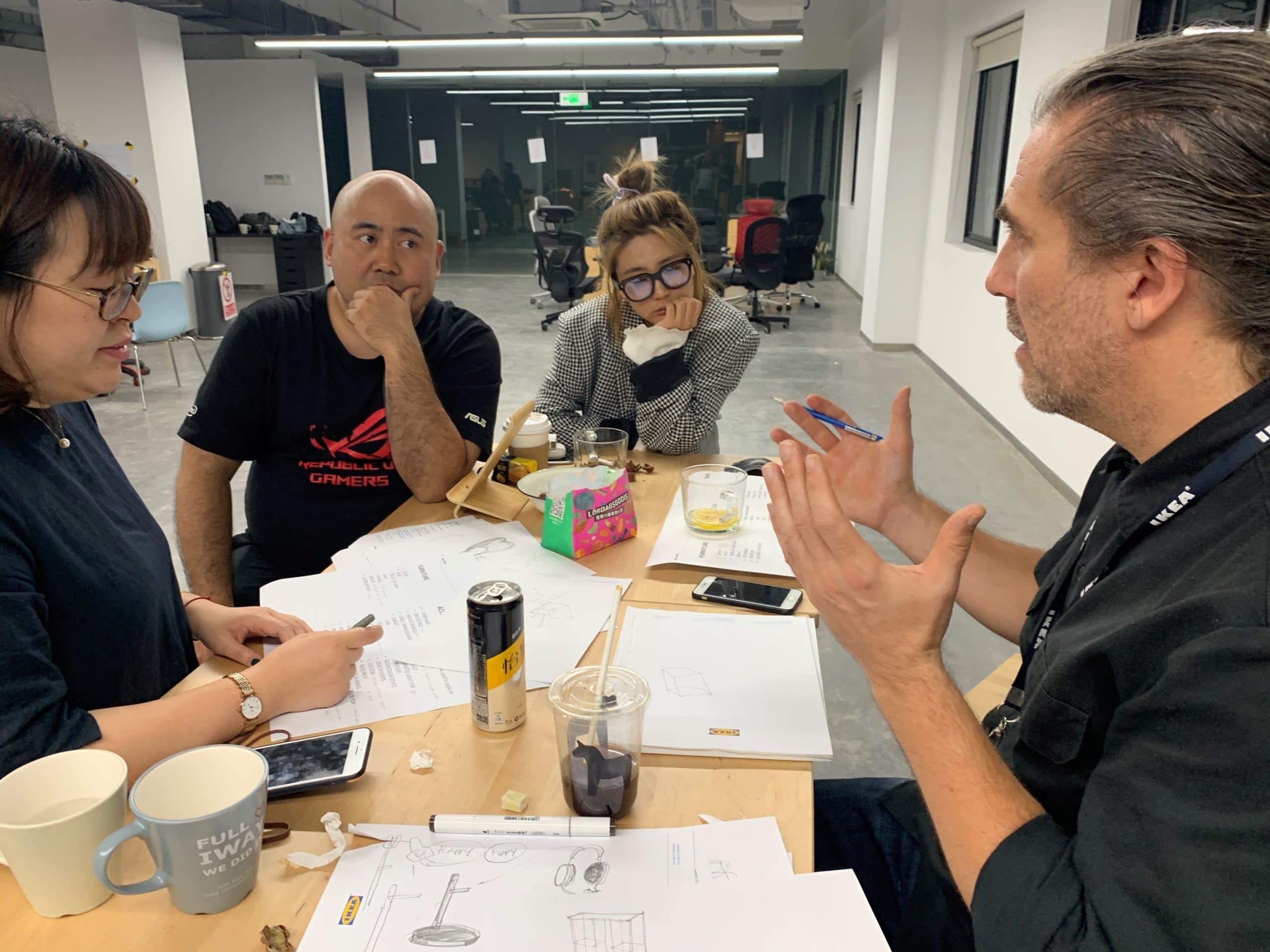 Workshop von Ikea- und Asus-Designern mit Profi-Gamern