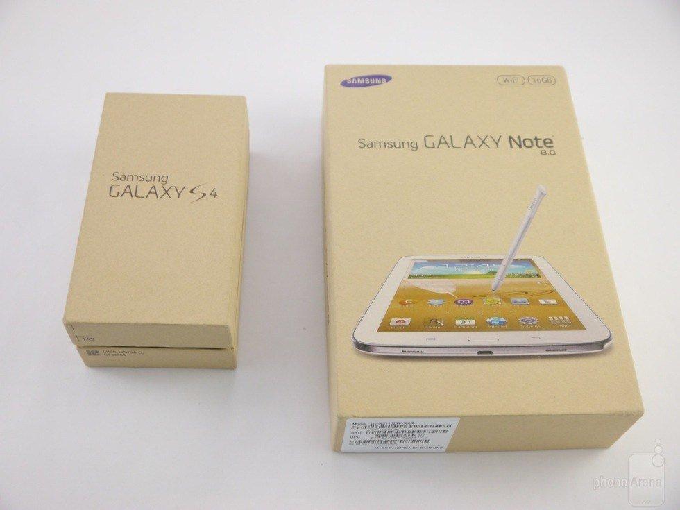 Samsung Galaxy S4 und Galaxy Note 8.0 in Recycel-Verpackung