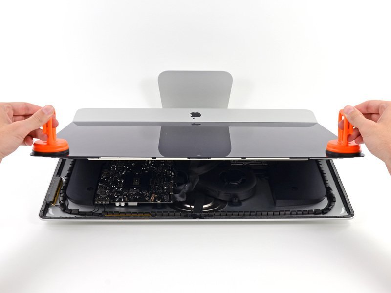 "iMac 21,5"" Teardown"
