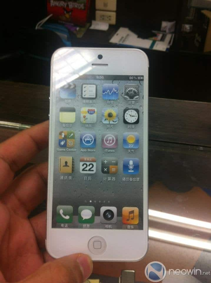 iPhone 5 Foto von Front-Partie, via Neowin
