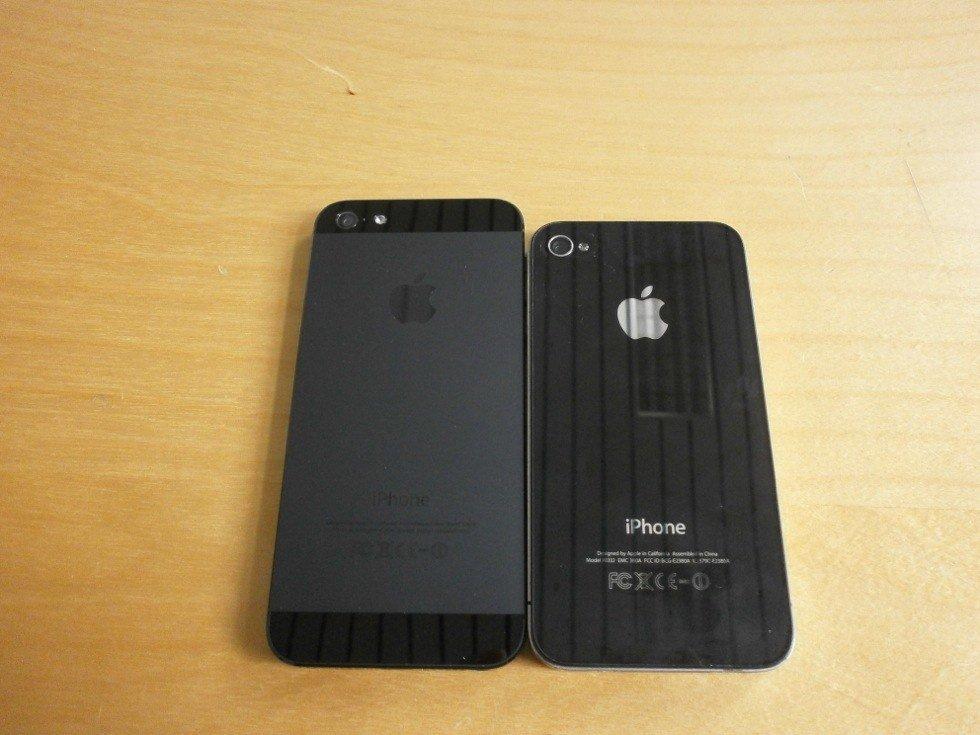 iPhone 5 und 4 im Vergleich (Rückseite)