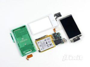 iPod nano 7G auseinandergenommen, Foto: iFixit