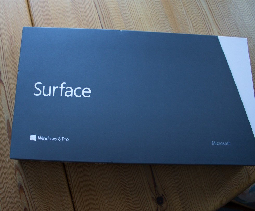 Microsoft Surface in der Verpackung